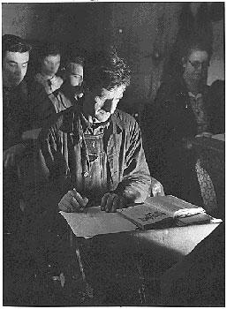 Gewerkschaftliche Bildung - Lernende am Abend