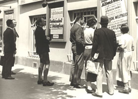 Schaukasten_VHS_Ottakring_1955